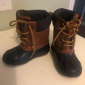 Duck boots size 8T. Gap boys